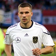 ae1c761864f Podolski warming up before a Germany match in 2011