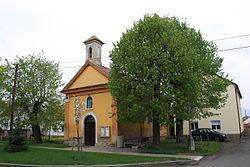 Lukavec (okres Litoměřice), kaplička (1).jpg