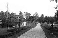 1932, fra haven