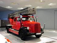 MHV MB LF 3000 Fire Engine 01