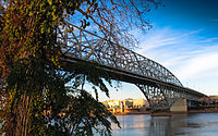 MVI 2620 Red River Bridge in Shreveport.jpg