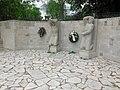 Mahnmal für die Opfer des Faschismus Apolda nach der Restaurierung.jpg