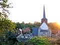 Maisnières église (depuis la motte) 4.jpg