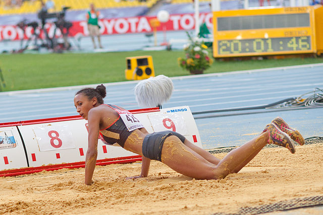 Malaika Mihambo (2013 World Championships in Athletics) 01.jpg