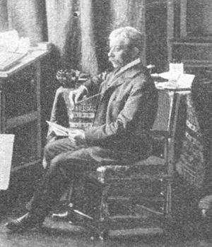 Hugo Charlemont - Image: Maler Hugo Charlemont in seinem Atelier 1902 A. Huber (cropped)