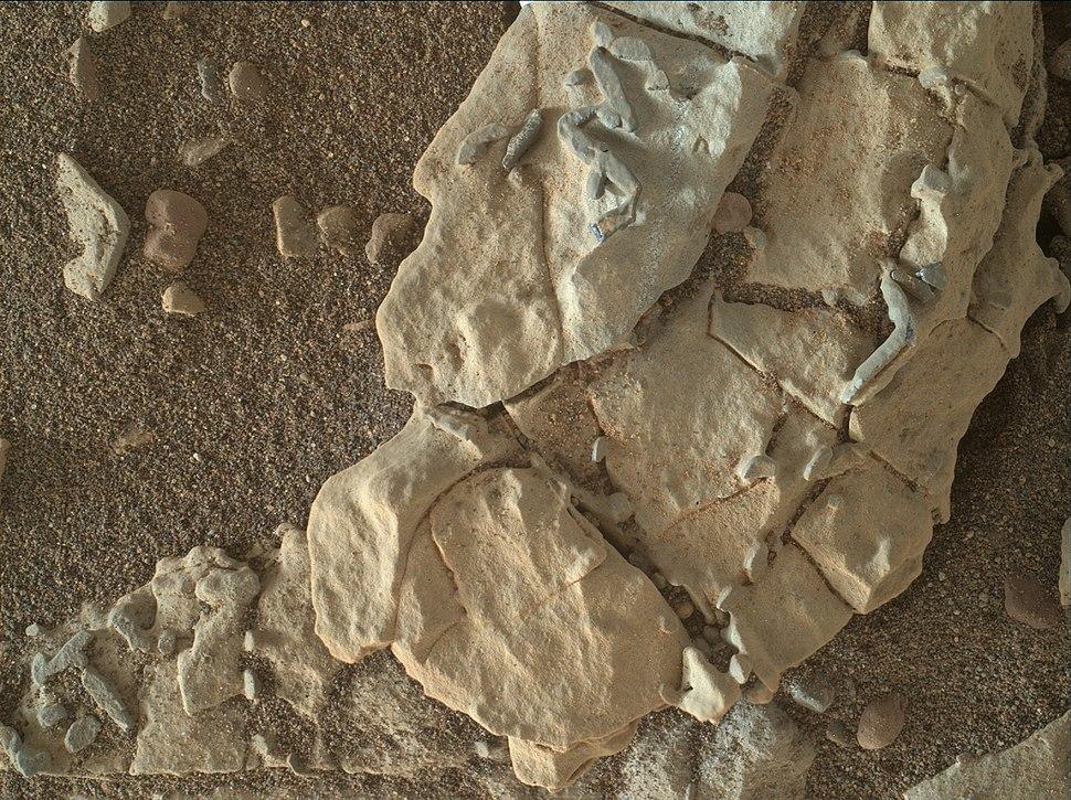 Mars-Curiosity-RockStructures-20180102