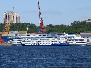 Marshal Koshevoy and Printsessa Anabella in North River Port 20-jun-2012 02.JPG