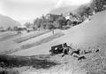 Maschinengewehr in Stellung vor dem Dorf Grindelwald - CH-BAR - 3240873.tif