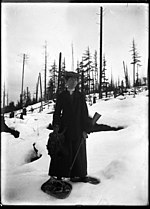 Mattie Gunterman with grouse. VPL 2215 (9554673727).jpg