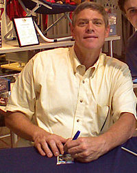 Meeting Dale Murphy at CNN Center.jpg