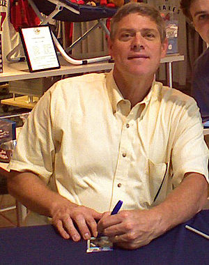 Dale Murphy - Dale Murphy meeting fans at the CNN Center, 2007