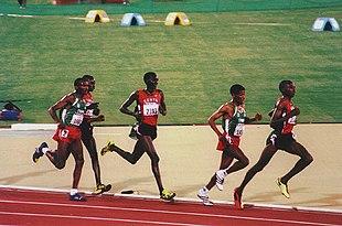 Gebrselassie durante la finale dei 10000 m a Sydney 2000