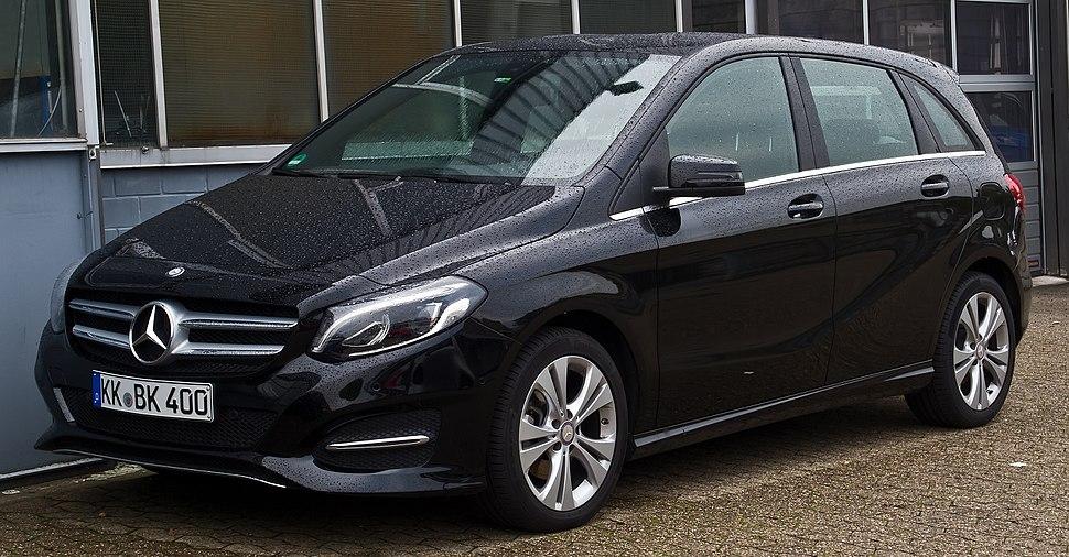 Mercedes-Benz B 180 Urban (W 246, Facelift) %E2%80%93 Frontansicht, 18. Oktober 2015, Ratingen