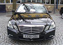 Mercedes-Benz W212 E 220 CDI 7-G-Tronic Obsidianschwarz Front.JPG