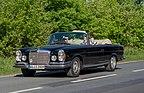 Mercedes 220 SE W111C 4290615.jpg