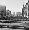 Metro in Rotterdam, de Coolsingel, in het midden het metrokanaal, Bestanddeelnr 915-2517.jpg