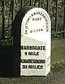 Milepost A59 Harrogate - geograph.org.uk - 1098763.jpg
