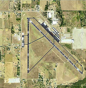 Mineral Wells Airport - USGS 2006 orthophoto