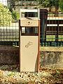 Monéteau-FR-89-poubelle-01.jpg