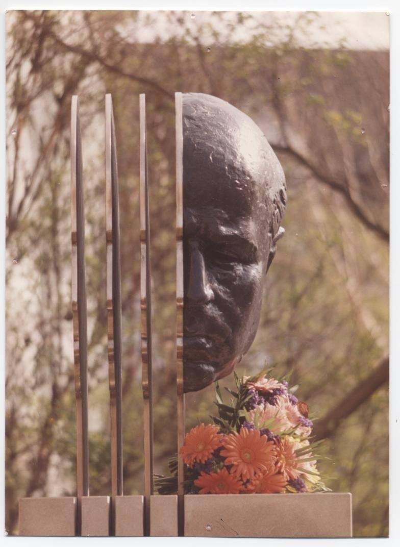 Monument a Pau Casals a Wolfenbuettel