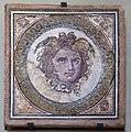 Mosaico de Medusa (37834879306) (2).jpg