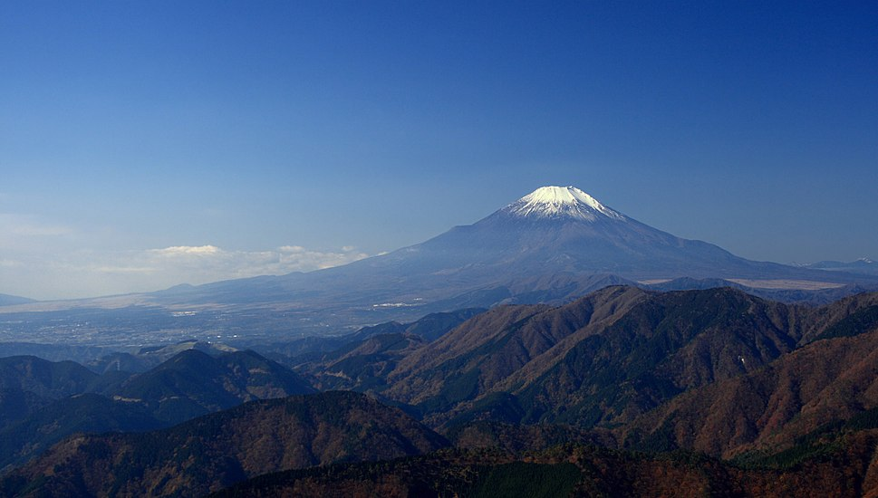 Mt Fuji from Mt Ninoto 02-edit1