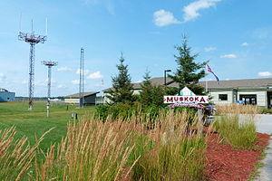 Muskoka Airport - Image: Muskoka Airport Terminal