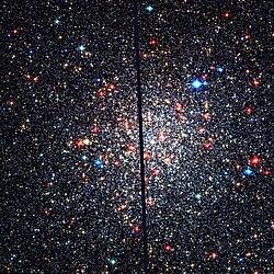 NGC 6553 Hubble WikiSky.jpg