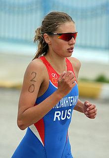Natalja schljachtenko beim europacup triathlon in antalya 2011