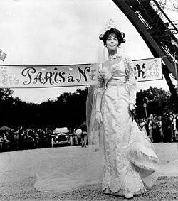 Natalie Wood The Great Race 1966 Paris.jpg
