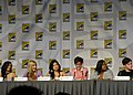 Naya Rivera, Heather Morris, Jenna Ushkowitz, Kevin McHale, Amber Riley & Chris Colfer (4852493181).jpg