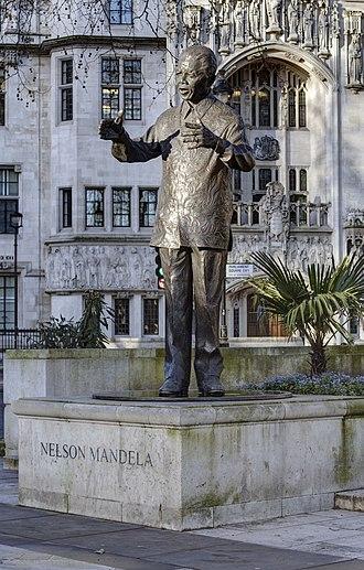 Statue of Nelson Mandela, Parliament Square - Image: Nelson Mandela statue Parliament Square