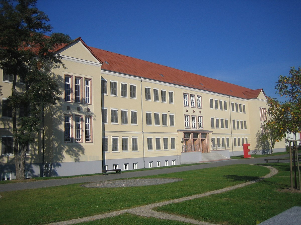 Citaten Albert Einstein Gym : Albert einstein gymnasium neubrandenburg wikipedia