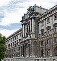 Neue Burg vor Burggarten - Hofburg - Wien - 02.jpg