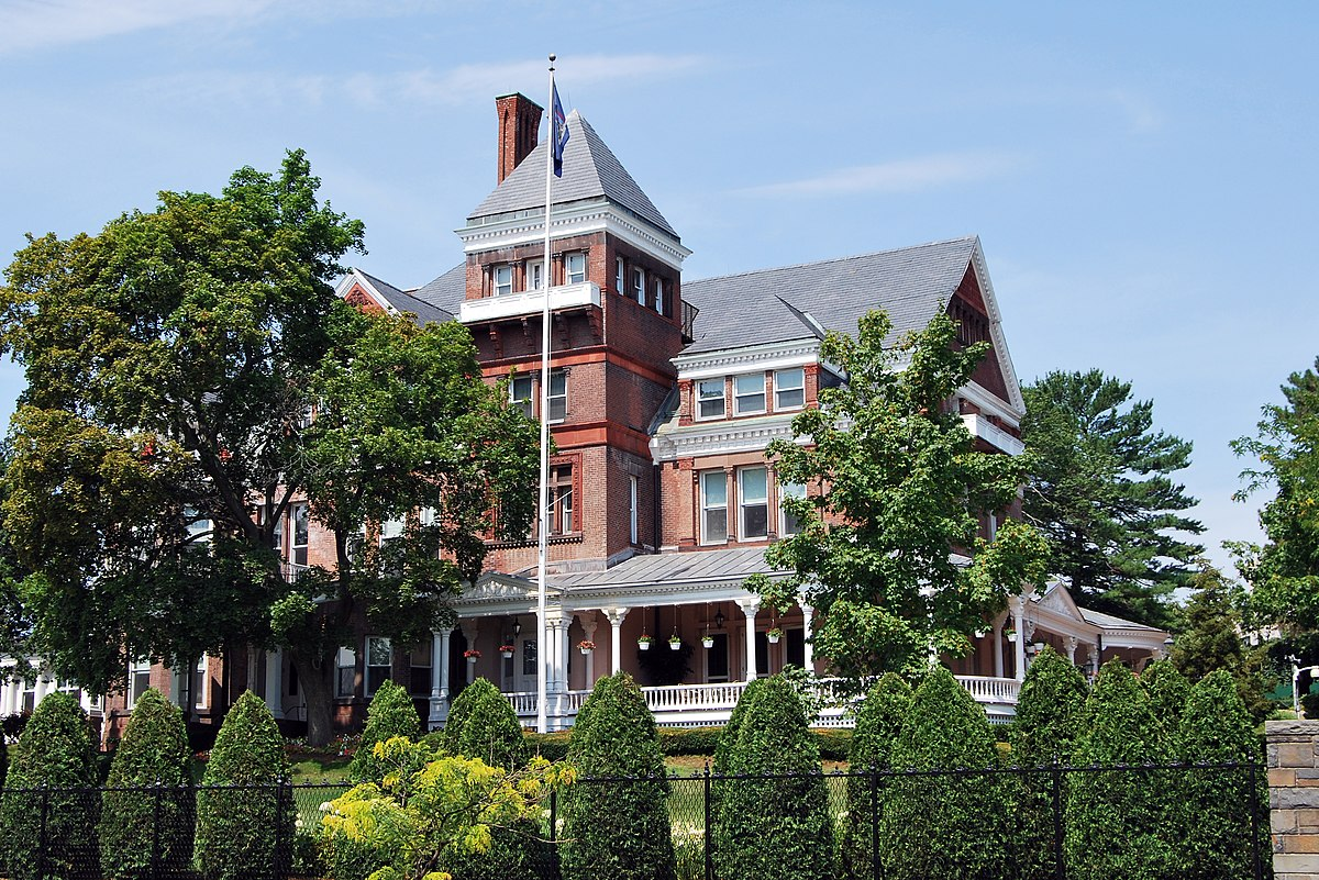 Upstate New York Bed And Breakfast Castle