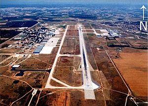 Nîmes–Alès–Camargue–Cévennes Airport - Image: Nimes garons