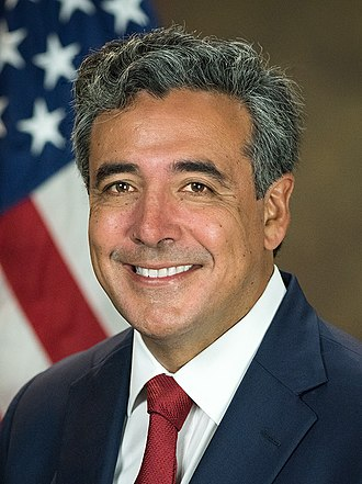 Solicitor General of the United States - Image: Noel Francisco official photo (cropped)