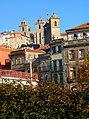 Oporto (Portugal) (18454799224).jpg