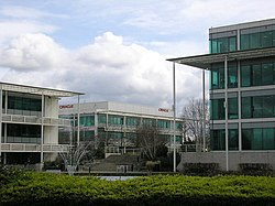 Oracle at Thames Valley Park.jpg