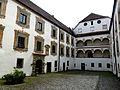 Ortenburg Schloss - Innenhof 2.jpg