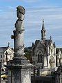 Périgueux cimetière nord colonne.JPG