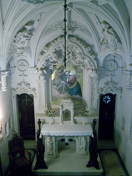 File:Palacio-da-Regaleira Capela4 Sintra Set-07.jpg