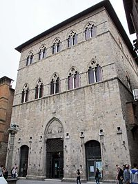 Palazzo Tolomei, Siena