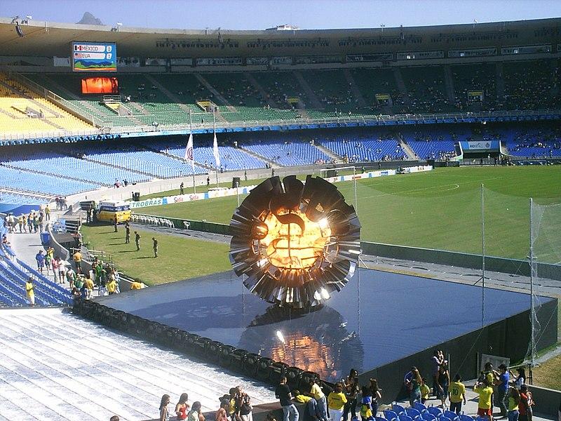 Ficheiro:PanAmericanFlameRio2007 2.jpg