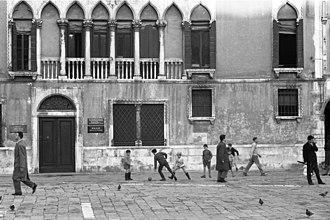 Street football - Street football, Venice (1960)