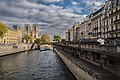 Paris 75005 Quai Saint-Michel towards Notre-Dame Bouquinistes 2016028.jpg