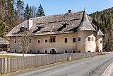 Paternion Kreuzen 32 Schloss WSW-Ansicht 06042018 2871.jpg
