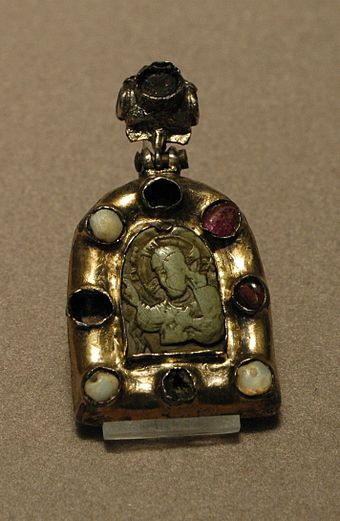 Religious pendant showing Christ blessing, framed with rubies and pearls, from the Byzantine empire, 12th or 13th century Pendant Louvre OA10910.jpg