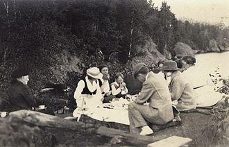 Bear Island (Wisconsin) - Picnic on Bear Island in 1916