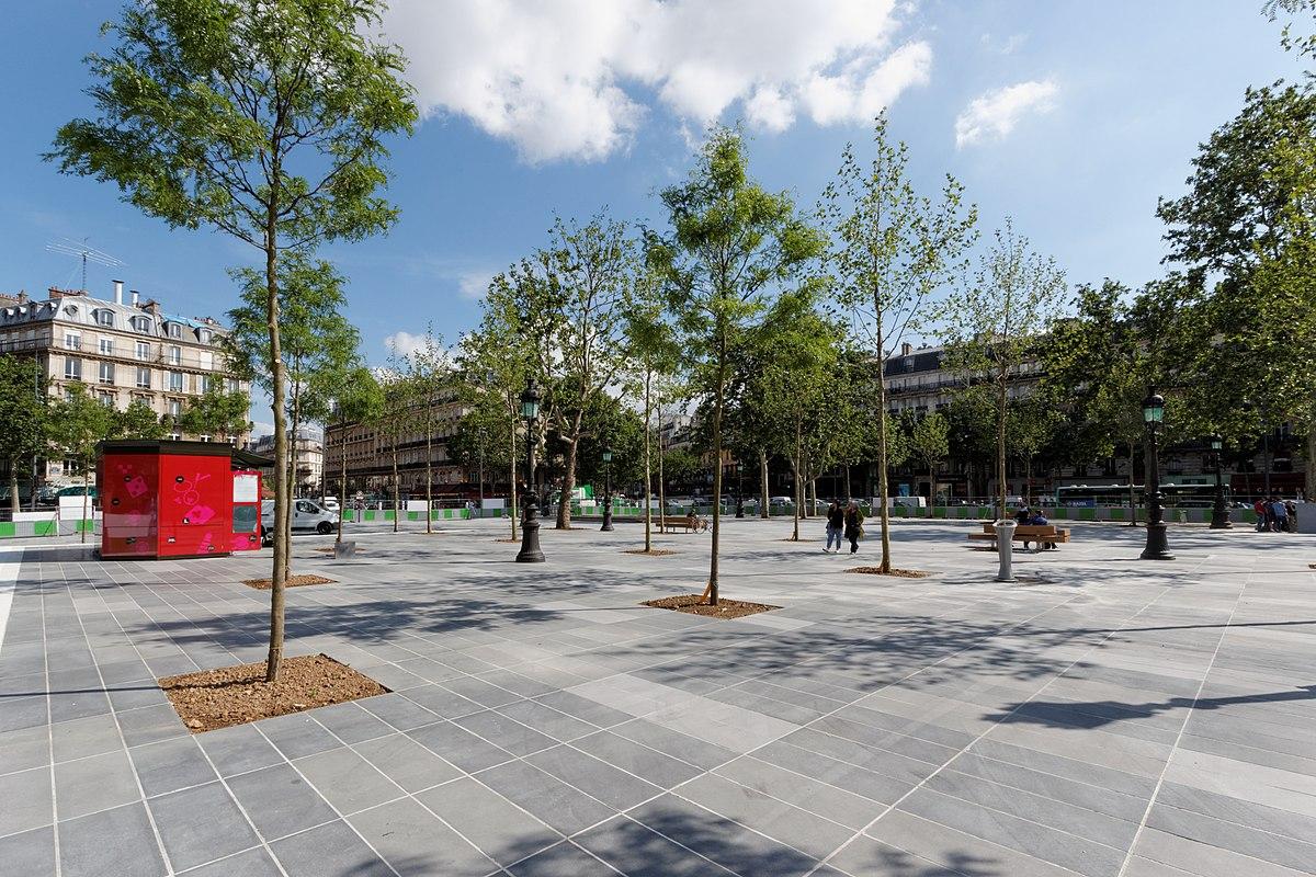 Place de la r publique paris wikip dia for Piscine publique paris